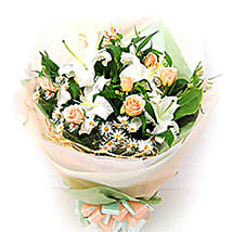 Mesmerizing Offer: Lilies to Malaysia