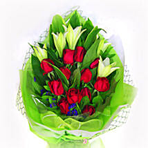 Mix Of Rose N Lily: Anniversary Flowers to Malaysia