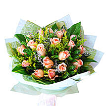 Peach Roses Bouquet: Mothers Day Flowers to Malaysia