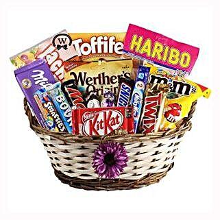 Best Treats Basket: Send Gifts to Netherlands