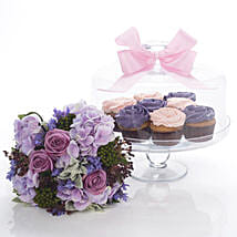 Flowers N Cakes Combo: Send Gifts to Hamilton