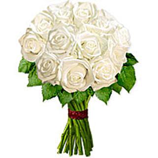 Ballet Blanc oma: Send Birthday Flowers to Oman