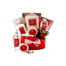 Strawberry Surprise: Christmas Gift baskets to Philippines