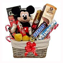 Christmas With Mickey Mouse: Gift Delivery in Poland