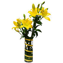 6 Lilies For Friendship QAT: Wedding Gift Delivery in Qatar
