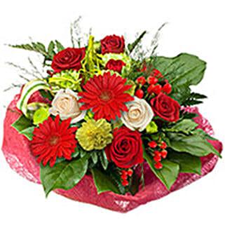 Poetic Muse qat: Valentine's Day Flowers to Qatar