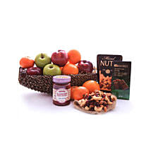 Sweet Fruits: Wedding Gift Delivery in Qatar