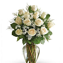 12 White Roses Arrangement: Mothers Day Flowers to Saudi Arabia