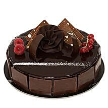 Chocolate Sponge Cake: Cake Delivery in Jeddah