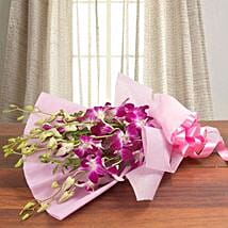 Splendid Purple Orchids: Mothers Day Flowers to Saudi Arabia