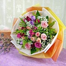 30 Mixed Roses: Miss You Flowers to Singapore