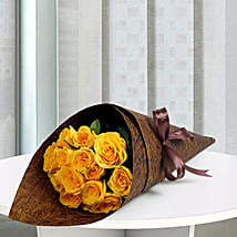 15 Yellow Love Roses Bunch: Valentine's Day Flower Bouquets UAE