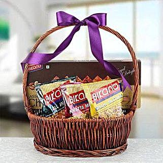 Bundle of Happiness: Send Eid Gifts to Abu Dhabi