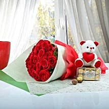 Cute Gift Hamper For U: Flowers N Chocolates
