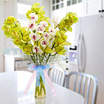 Cymbidium Bunch: Flower Delivery in Abu Dhabi