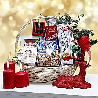 Family Celebration: Christmas Gift Hampers to UAE