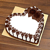 Heart Shaped Chocolate Cake For Valentines Day: Valentine's Day Cake Delivery in Dubai