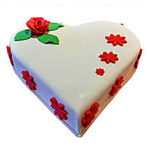 Heartshape Butterscotch: Valentine's Day Cakes to UAE