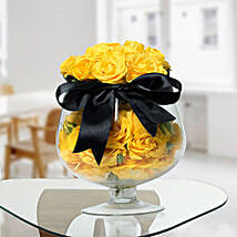Lively Yellow Rose Arrangement: Flowers for Anniversary