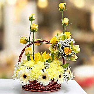 Lovely Hue of Gerberas: Send Birthday Flowers to UAE