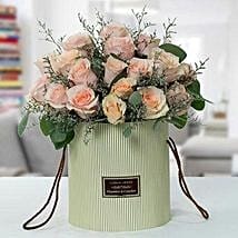 Serene Peach Roses Arrangement: Flower Delivery in UAE