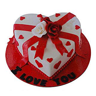 Special Valentine Cake: Valentine's Day Cake Delivery in Dubai