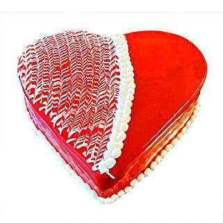 Strawberry Heart Cake: Valentine's Day Cake Delivery in Dubai