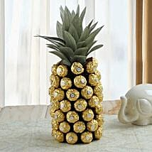 Sweet Pineapple Surprise: Christmas Gifts for Kids to UAE