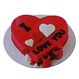 Valentine Heart Cake: Valentine's Day Cake Delivery in Dubai
