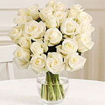 24 Fairtrade White Roses: Flowers to Newcastle