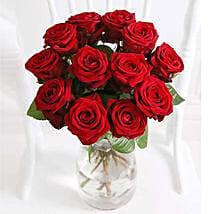 A Dozen Luxury Red Roses: Anniversary Flowers to UK