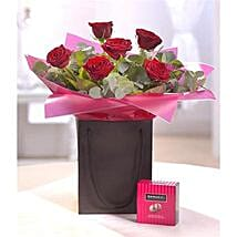Be Mine Chocolate Gift Set: Love N Romance Gifts to UK