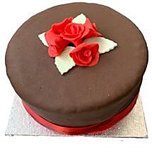 Chocolate Rose Cake: Valentine's Day Gifts London