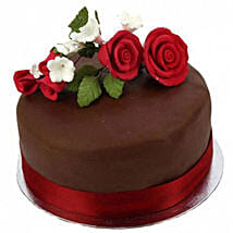 Chocolate Rose Cake: Gifts to Manchester UK