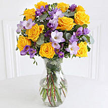 Rose n Freesia Bouquet: Send Gifts to Leicester
