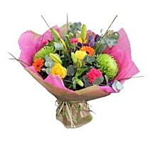 Vibrant Stylish Bouquet: Thank You Gifts to UK