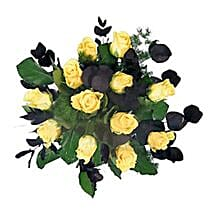 Yellow Roses: Send Gifts to Leicester
