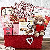 From the Heart Gift Basket: Valentine Gifts to Stamford