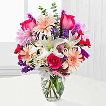 Peaches N Cream Bouquet: Valentine's Day Flowers USA