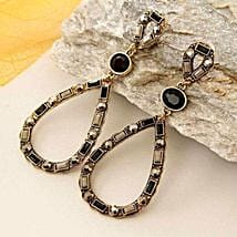 Truly Fashionable Earring: Women's Day Gifts to USA